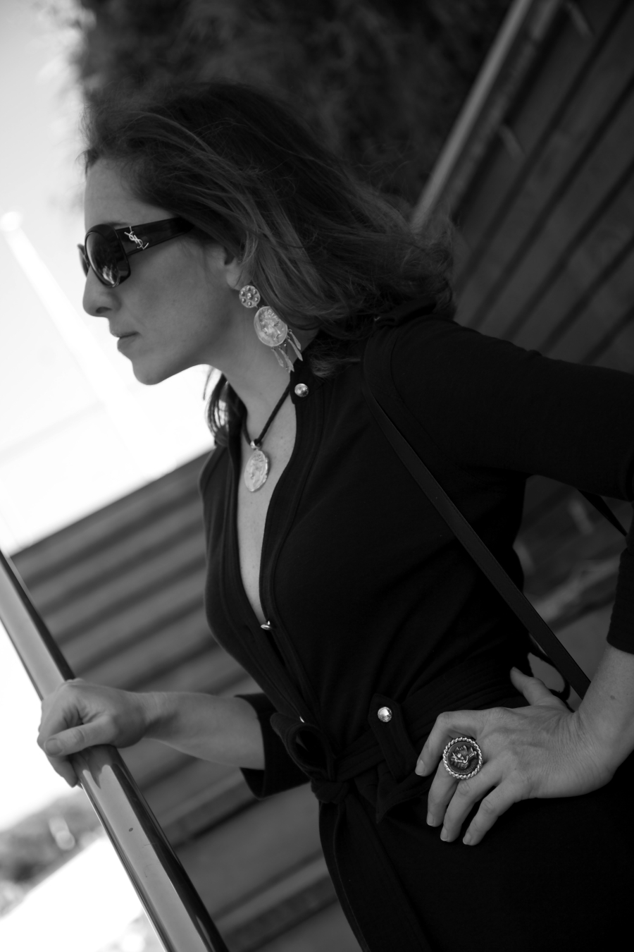 blogger diaries dont call me baby black and white photography by The Italian Glam