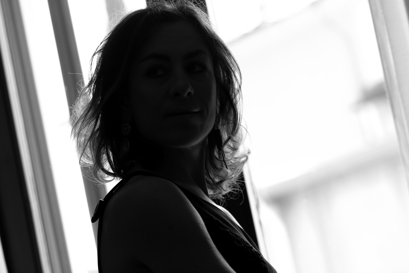 blogger diaries la risposta black white photography by The Italian Glam