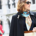 blogger diaries la città sontuosa by The Italian Glam cappotto Moschino occhiali Yves Saint-Laurent Venezia Palazzo Ducale