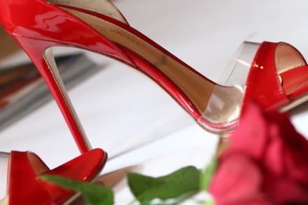 blogger diaries by The Italian Glam fashion photography sandali rossi Gianvito Rossi