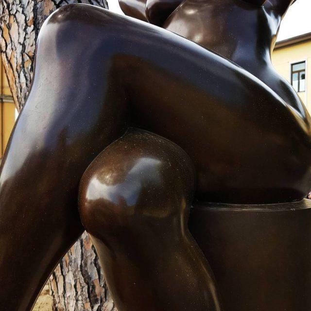 Women in Wonderland anitalianstory italianstories ItalyisWonderland TheItalianGlamdiaries sculpture italianart Stellinalovesarthellip
