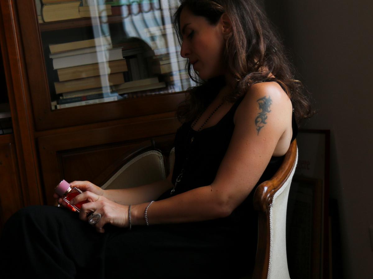 velvet love le storie noir di stellina profumo dolce gabbana